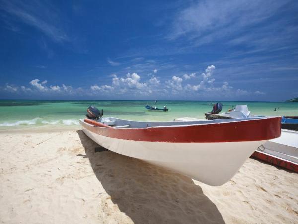 Puerto Morelos Travel Guide - Restaurants